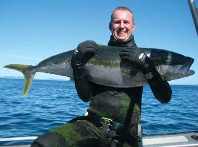 Spearfishing_at_Little_Barrier1.jpg