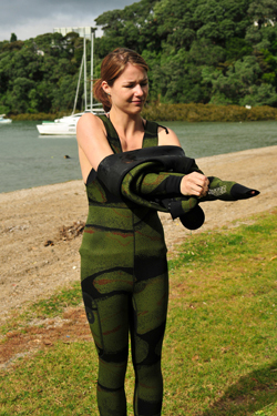 How To Put On An Open Cell Wetsuit On Ocean Hunter
